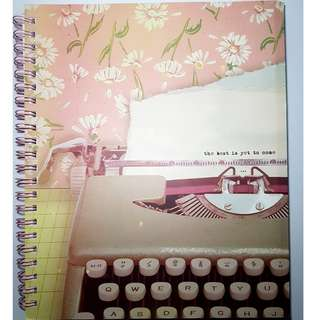 Typo A4 Campus Notebook with 4 Dividers (typewriter) [E41]
