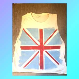 FOREVER 21: UNITED KINGDOM MUSCLE TEE