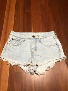 Denim shorts XS light wash