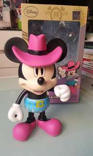 Disney Minnie Mouse Vinyl Art Figure