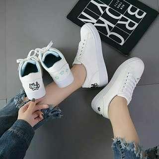 cute cat white sneakers