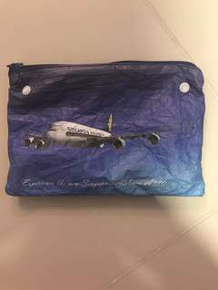 #blessing Singapore Airlines Pouch With Socks & Toothbrush Set