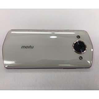 9.9成新 美圖Meitu M8 4/64G 白粉 . 超強十核心處理器 要買要快哦