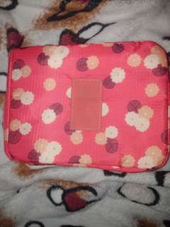 Essential/ Cosmetic Bag
