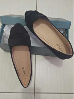 MOVE flat shoes