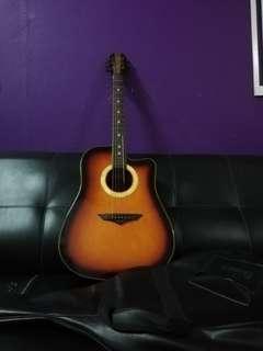 Guitar superb rare,I dont know the name