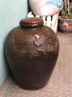 🚚 早期酒甕