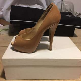 👠TONY BIANCO Chalina Open Toe Heels Pumps Size 5
