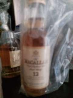 陳年麥卡倫12年威士忌50mI酒辦一支。