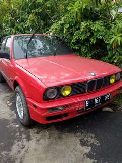 BMW M40 Tahun 1989 (Manual)