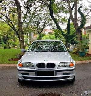 BMW 318i (E46) Tahun 2001