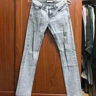 🚚 NET 刷色淺灰小直筒牛仔褲