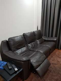 Recliner full auto n leather