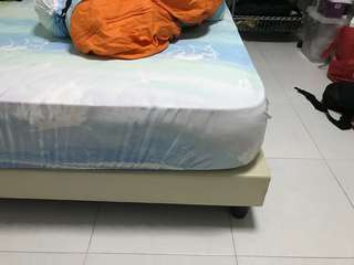 Pre loved mattress (CLEARANCE)