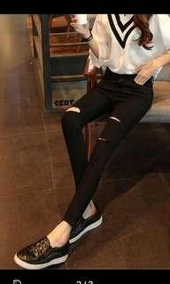 Highwaist woman 3 holes ripped jeans