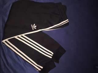 ADIDAS ORIGINAL CUFFED SWEATPANTS