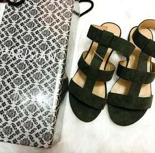 Parisian gladiator sandals