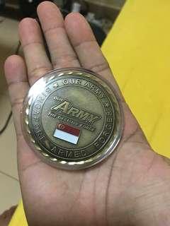 Singapore Army memento medallion