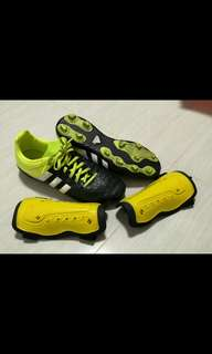 Soccer boots shoes