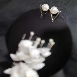 Pearl Earring ( Sliver)