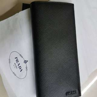 (100% BRAND NEW ORIGINAL) Prada Saffiano Zipper Wallet