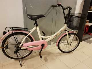 Cycle / Bike / BiCycle ( almost unused ) with BASKET & FREE ITEMS for 99 SGD