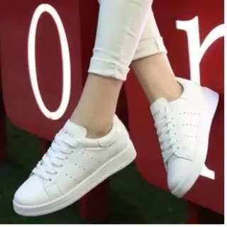 Sepatu Kets Sneakers Wanita - Bolong Samping - Warna Putih adidas All star vans