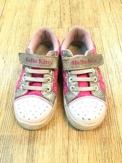 🚚 Hello kitty童鞋