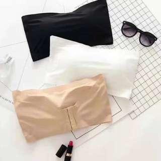 Seamless strapless bra