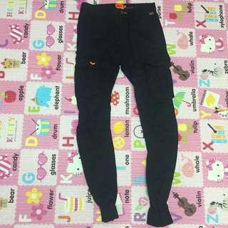 Superdry 黑色長褲