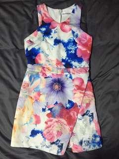 < SALE > Printed Tulip Body- Fitting Romper Dress
