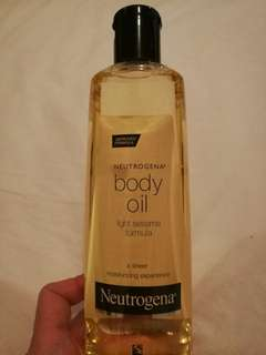 Brand New Neutrogena Body Oil Light Sesame Formula