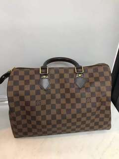 LV Speedy 35 ( AUTHENTIC)