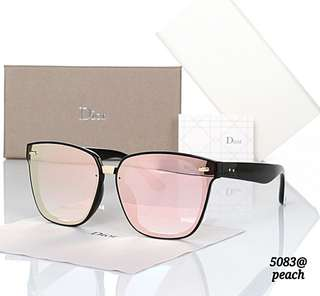 Women Sunglasses DIOR K246 / 5083#3  Quality Premium.  Ready 3 Colours   - Black.  - Coffee.  - Peach.  Weight 400 gram.  Free Box. Free Febric. Free Gloves.   Harga 130rb
