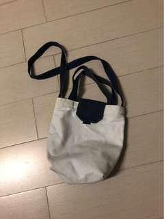 🚚 帆布側背包