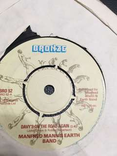 "Ep/Piring hitam 7"" manfred mann's earth band"