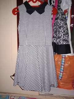 BOWY NECK DRESS