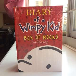 Diary of a Wimpy Kid (5 book collection)
