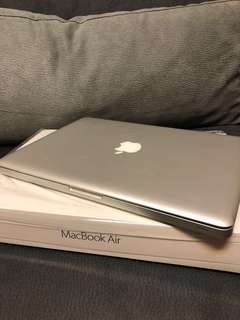 Apple MacBook Pro 13inch 2011