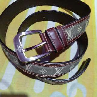 belt LV good quality like new