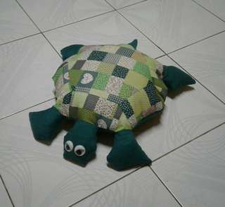 Turtle pillow