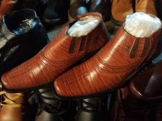 Sepatu Pantofel Garut Kulit Asli