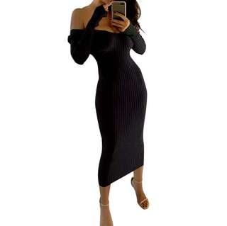 Off shoulder knitted dress
