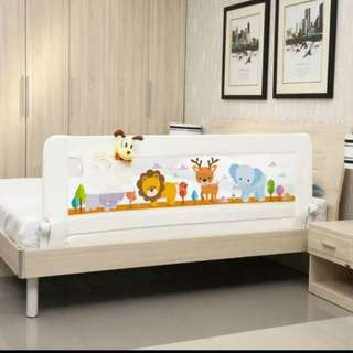 Bed Rail with Pocket for baby's safety. Suitable for King Size Bed!