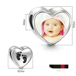 *FREE DELIVERY to WM only / Pre order 18 days* New born baby personalized heart shape charm each as shown design/color. Free delivery is applied for this item.