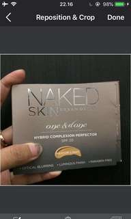 Urband decay naked skin one and done hybrid complexion perfector foundation