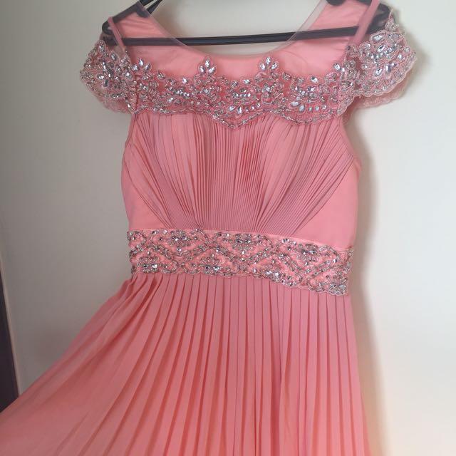 Ball / Formal Dress