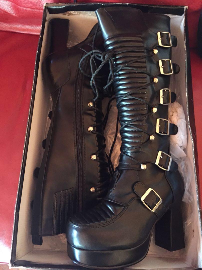 Black punk/grunge boots
