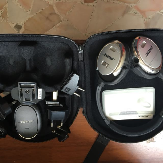 9ea9ae7f504 Bose QC3 Noise Cancelling Headphones, Electronics, Audio on Carousell