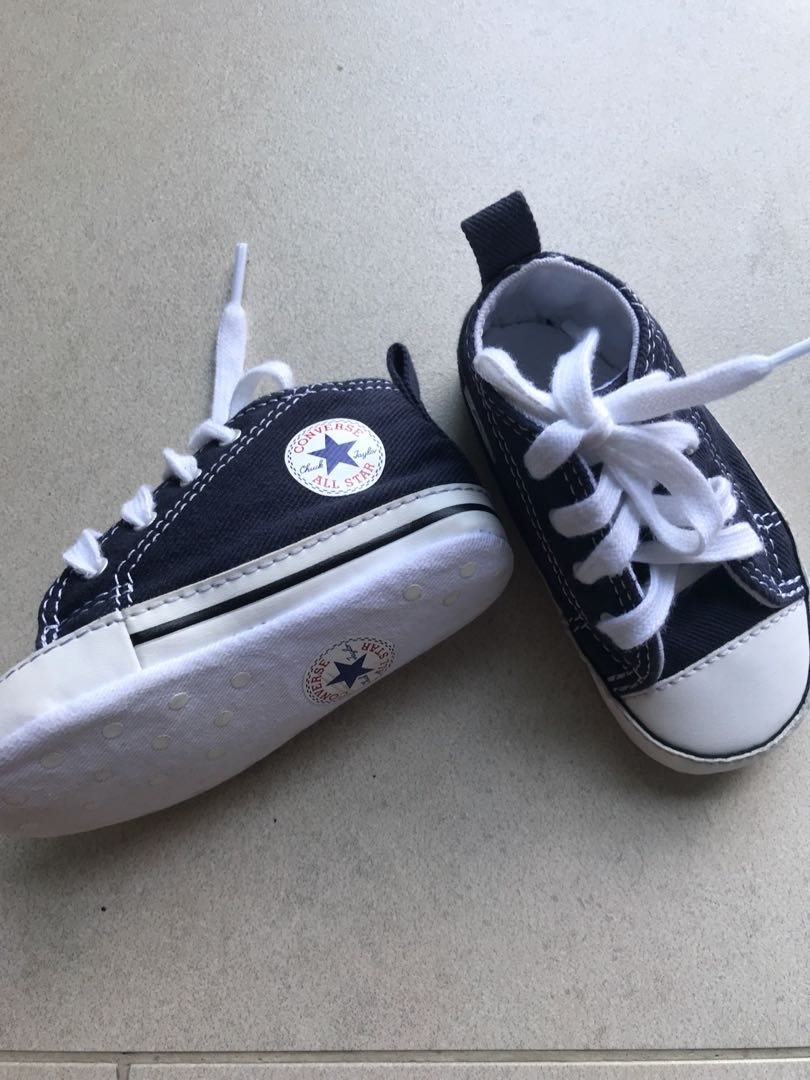 c6dc1c7e610680 Converse Baby Shoes